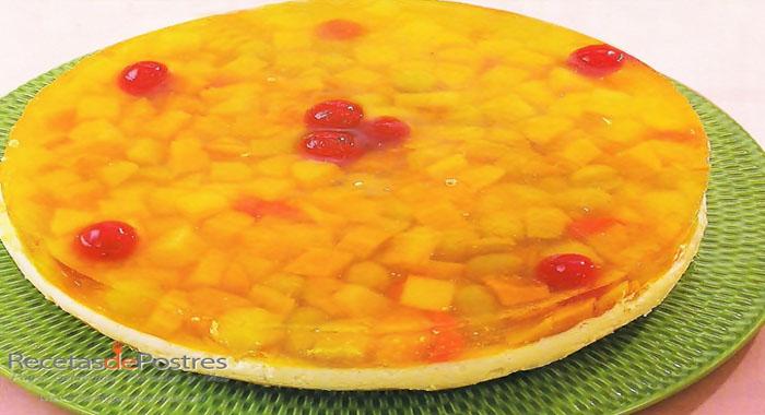 Pay de queso con gelatina y fruta
