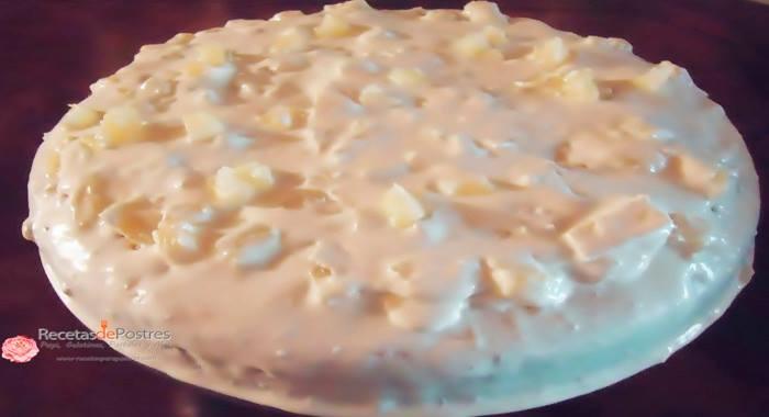 Pastel de piña colada