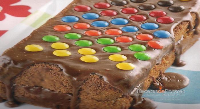 Panque de Chocolate y M&MS