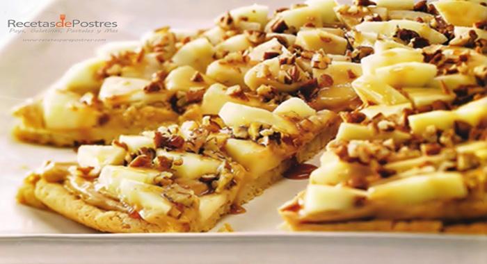 Pizza de manzana con caramelo