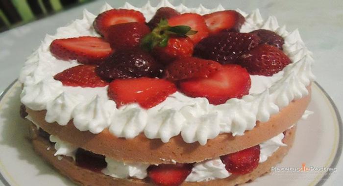 pastel de fresas con tres leches