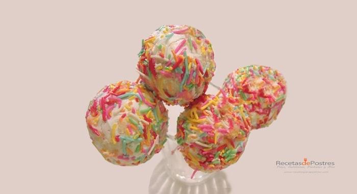 Popcakes de piña colada